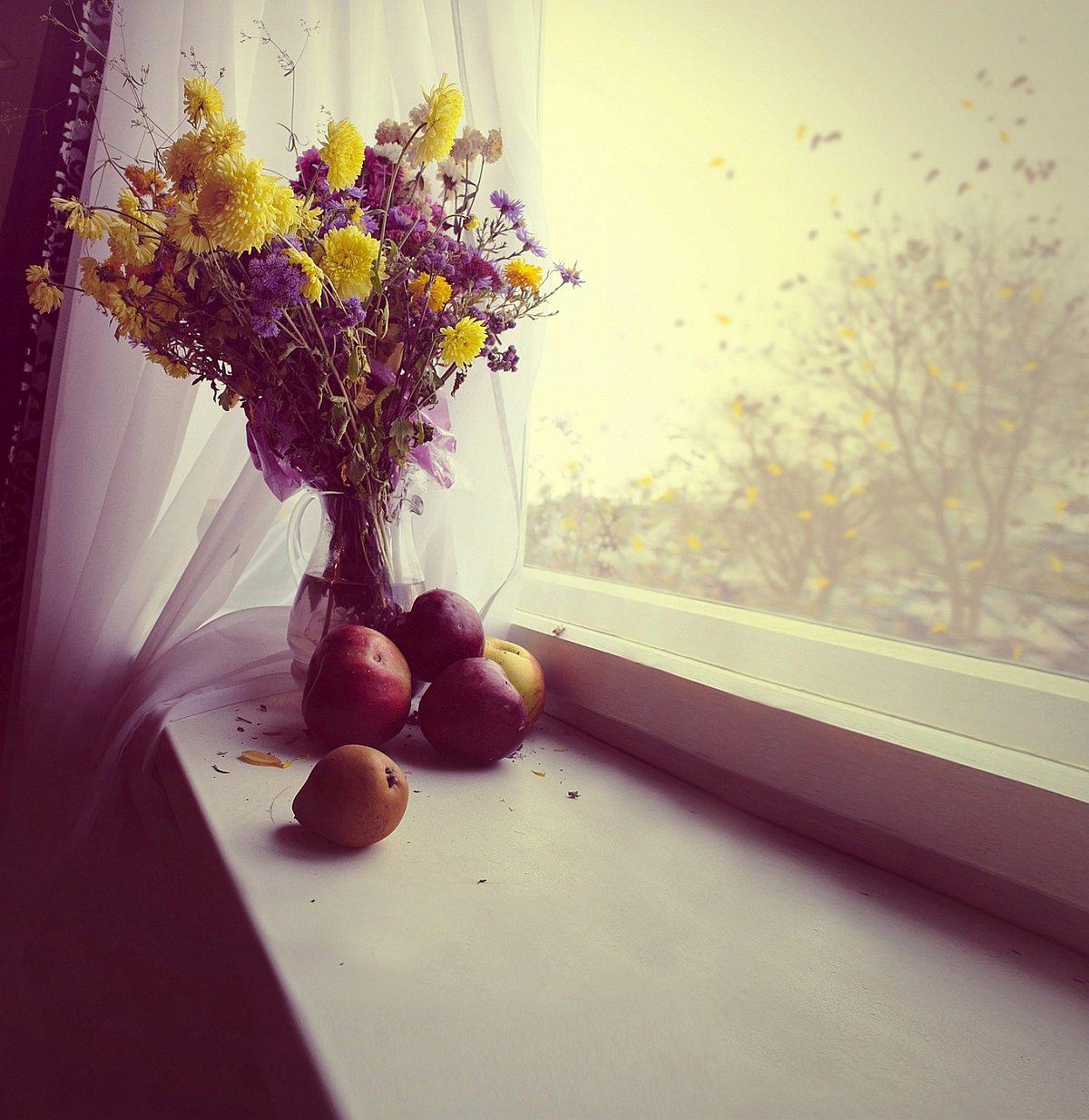 Parapety z konglomeratu z bukietem kwiatów